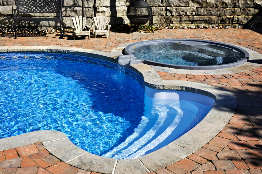 What Are the Differences Between Pools and Hot Tubs