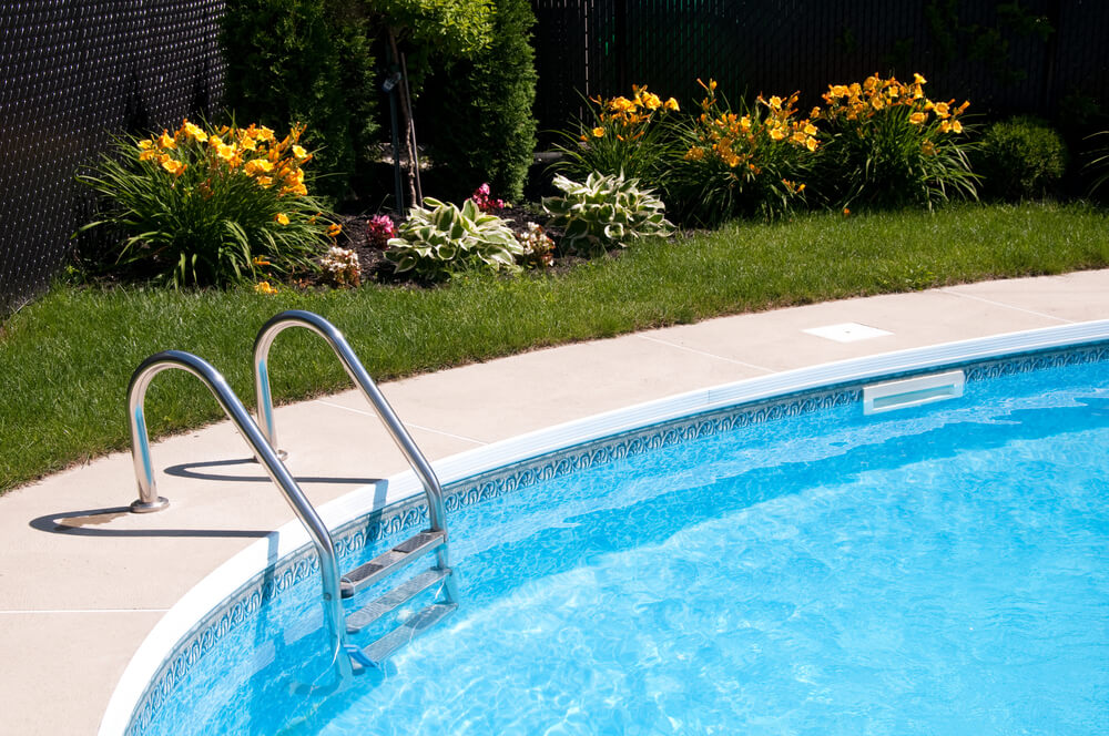 Pools Vs. Hot Tubs - Material Options