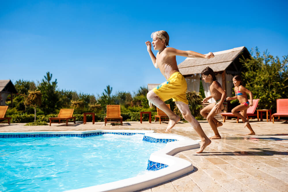 Can't Go to the Beach Don't Worry! Here Are the Best Pools Ideas for Your Home